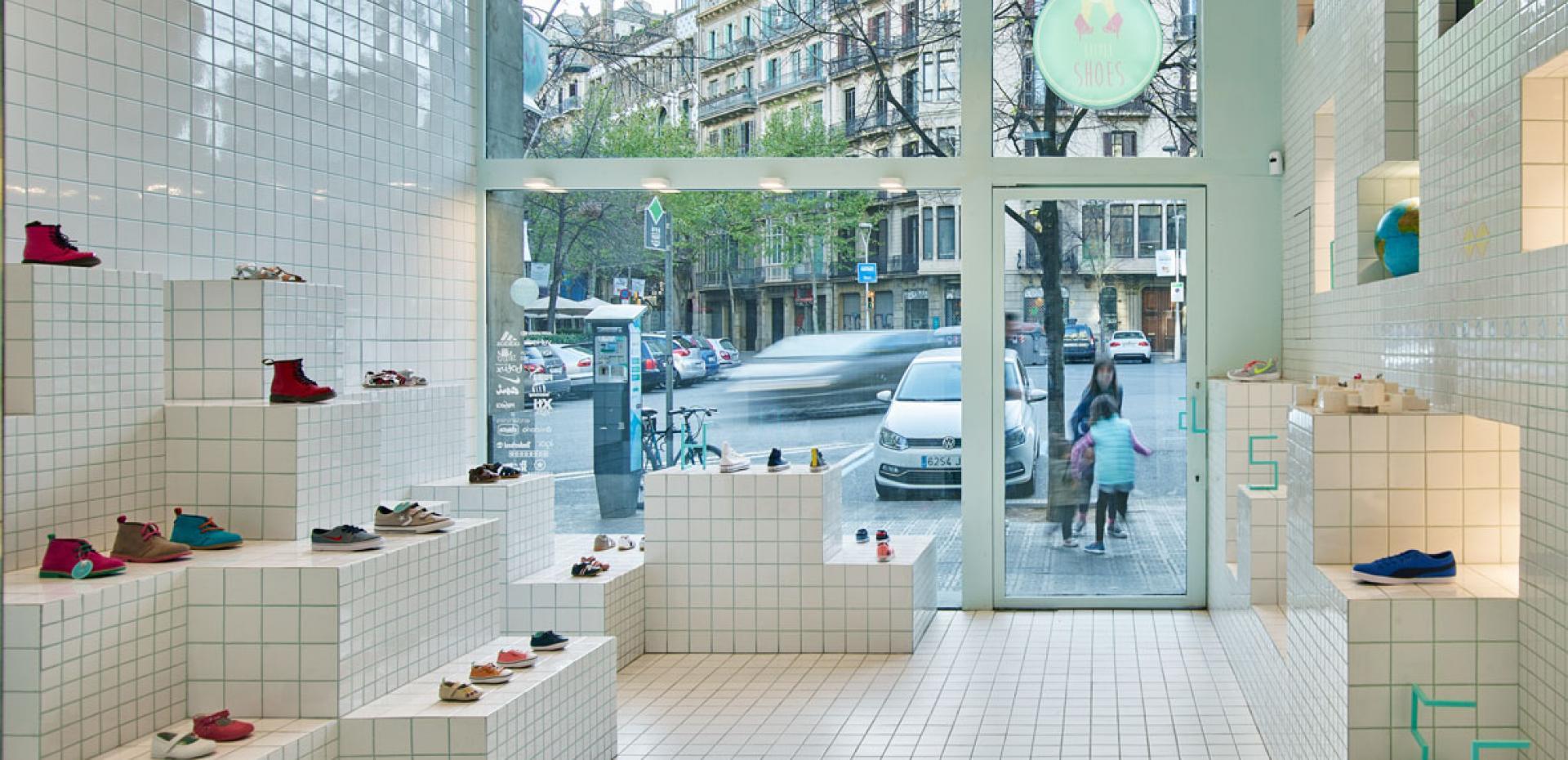 7448a8eb024e7 Footwear Store Little Shoes Barcelona Spain